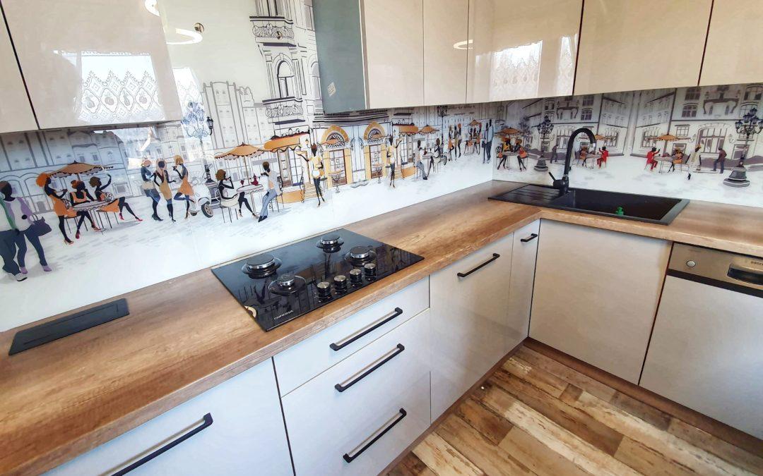 5 pomysłów na panele szklane do kuchni